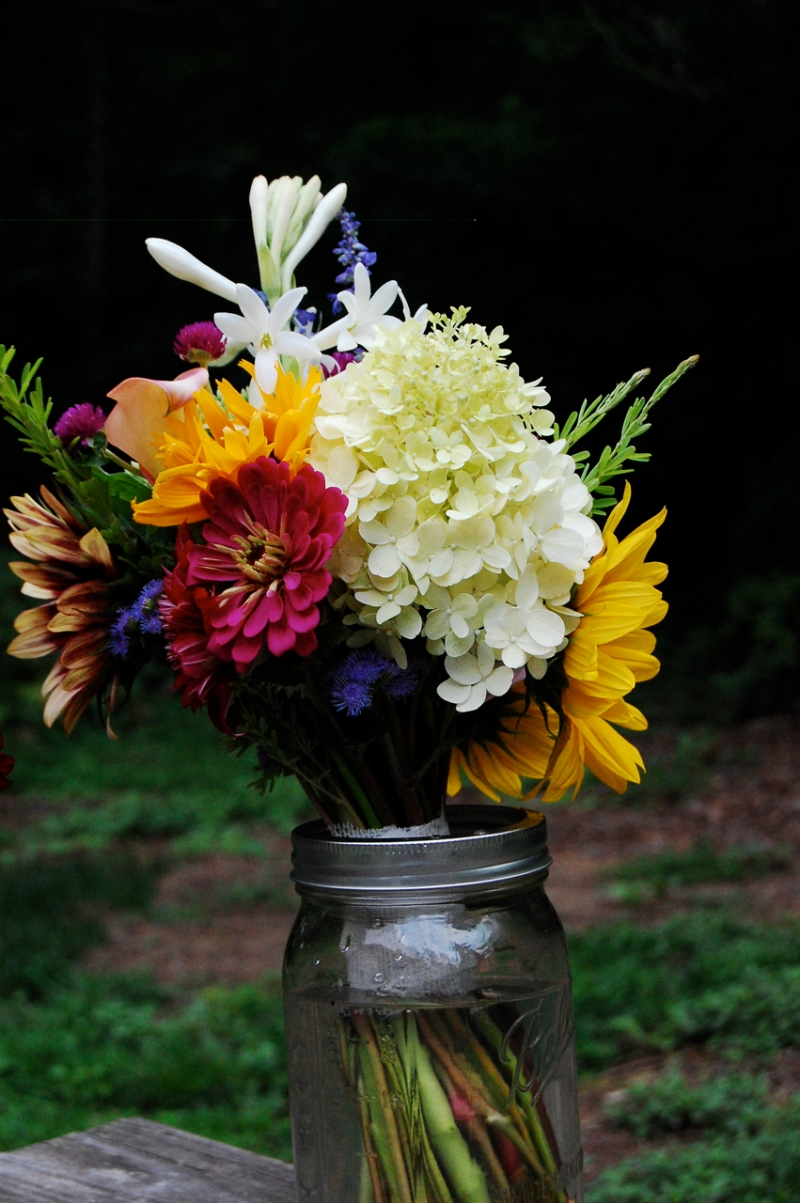 Bridal bouquet by Jonathan.